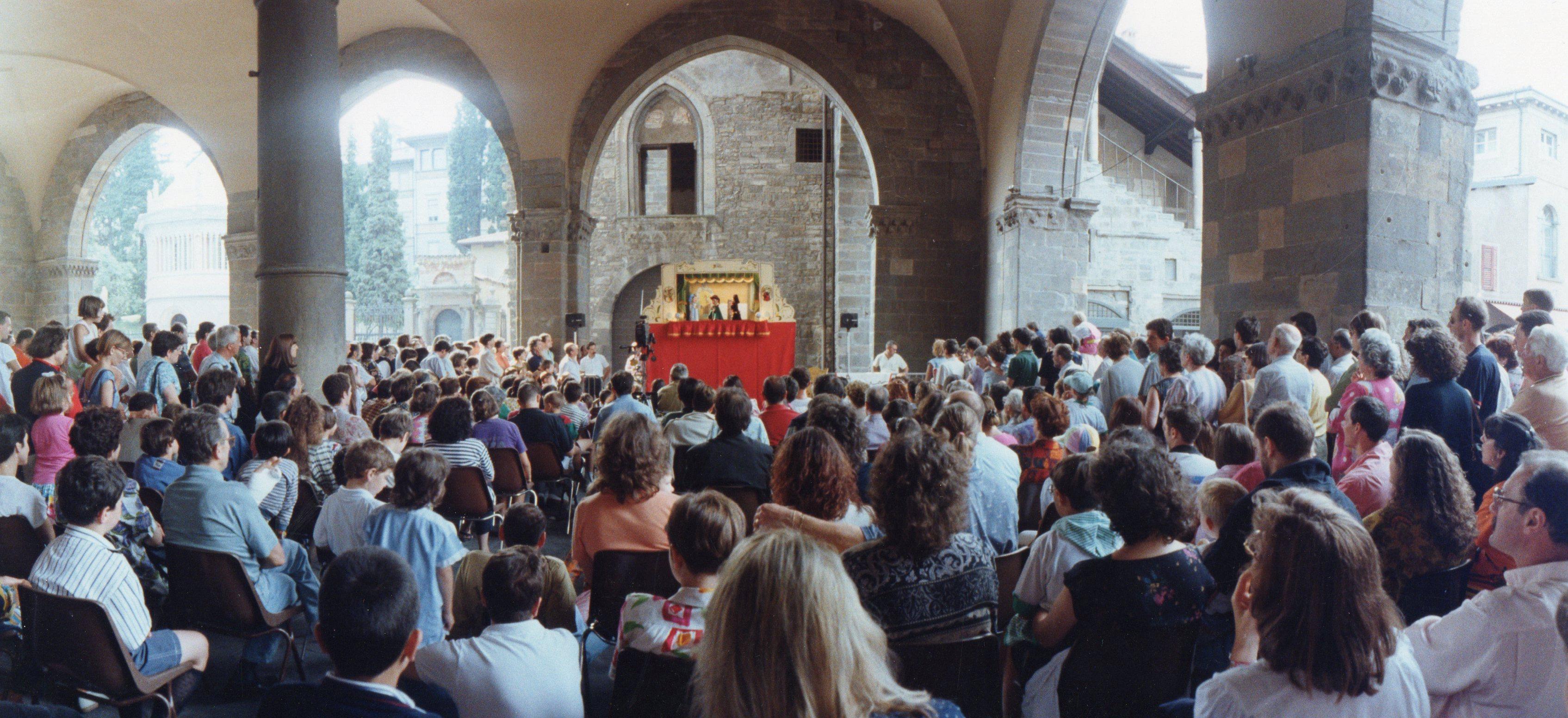 La baracca di Daniele Cortesi  a Bergamo in Piazza Vecchia